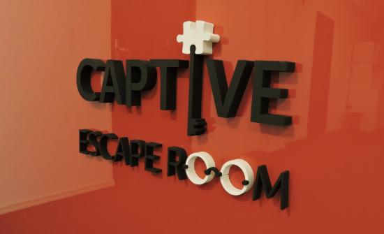 ‪Captive Escape Room‬