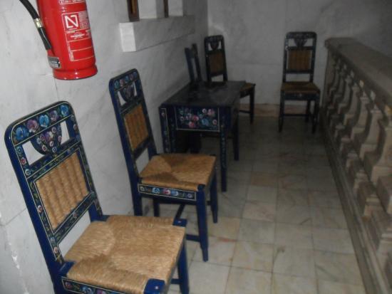 Alentejano Low Cost Hotel: corredor