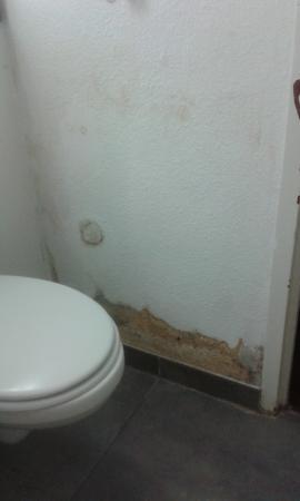 Campanile Dreux : Salle de bain