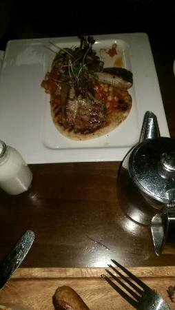 The Central Bar and Restaurant: The central navan