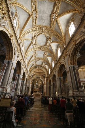 Interno chiesa foto di abbazia di montecassino cassino for Interno 7 cassino