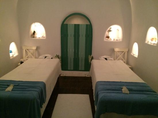 Massage room foto di caldera massages studio spa oia for 201 twiggs studio salon