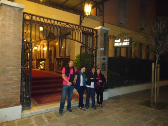 Hotel Belle Arti: Fachada do hotel!