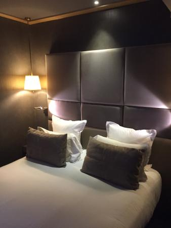 Hotel Armoni by Elegancia: Camera da letto