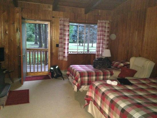 The Wayfarer Resort : Comfortable beds, soft sheets and peace and quiet
