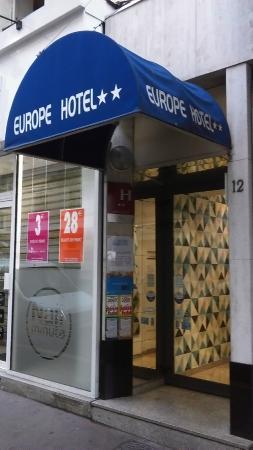 Europe Hotel: Entrance