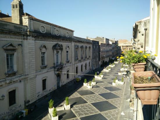B&B Al Teatro Massimo: Vista dalla sala colazione