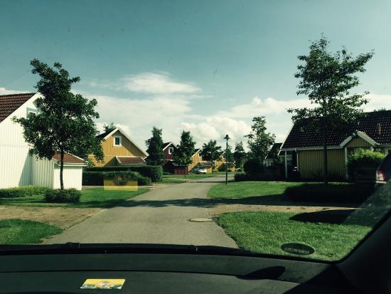 Südsee-Camp: Typische Straße in der Mietshaussiedlung