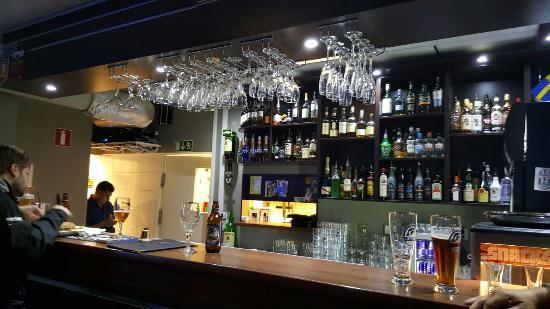 Restaurang Terren Lidköping | josefs sportbar o pub
