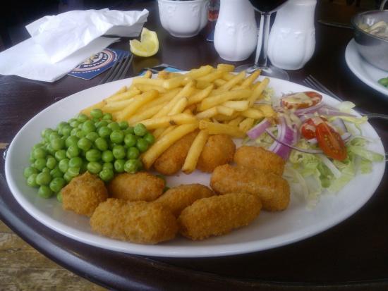 The Craigdarroch Inn: Scampi & Chips