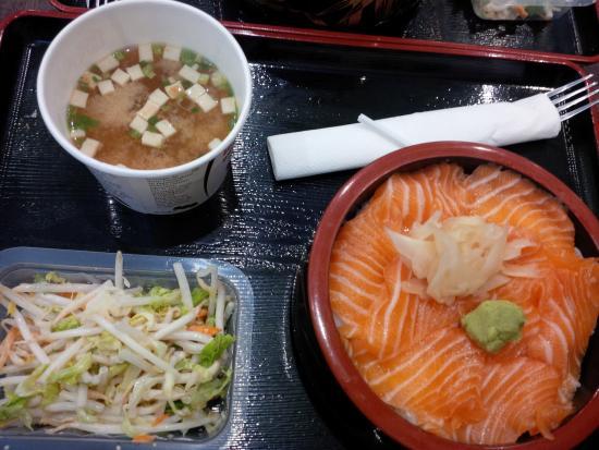 goo sushi: Chirachi saumon