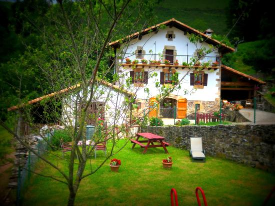 The 10 best hotel deals in orreaga roncesvalles mar 2017 - Casa rural tabarca ...