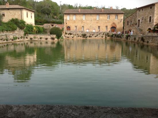 albergo posta marcucci vasca del borgo bagno vignoni