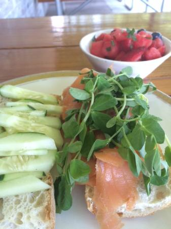 The Refectory Cafe : Smoked Salmon Baguette
