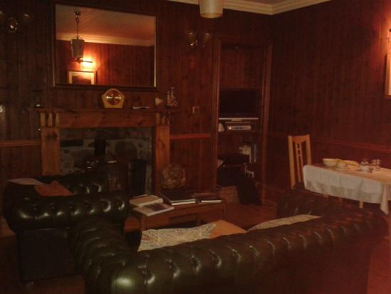 Westward B & B: salón y donde se desayuna