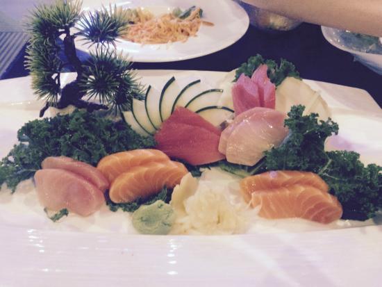 Wasabi Japanese Steak House: Deluxe Sashimi