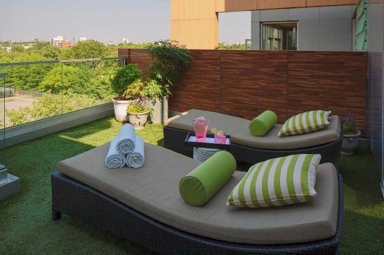 McCarren Hotel & Pool: Penthouse Terrace