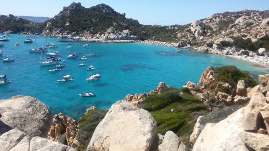 Hotel Lu Pitrali: cala corsara (arcipelago della Maddalena)