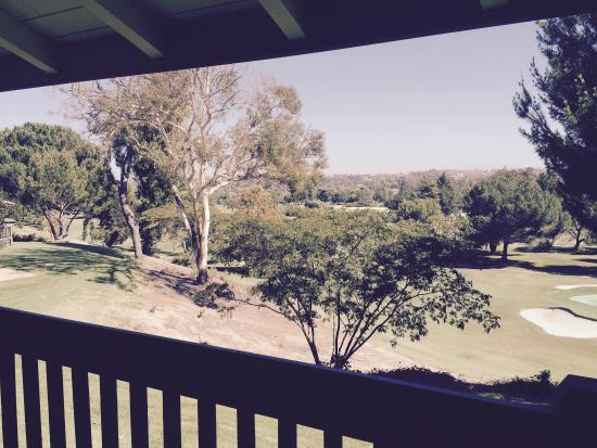 Temecula Creek Inn: Beautiful grounds with private balconies overlooking the golf course
