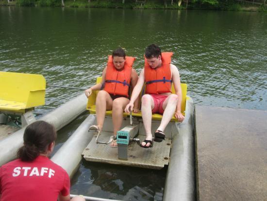 Latham, OH: Paddle Boats