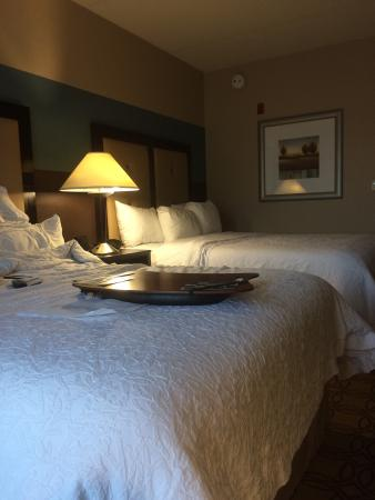 Hampton Inn and Suites Charlotte Airport: photo0.jpg