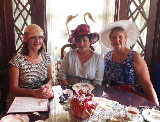 600 Main, A B&B and Victorian Tea Room: This was a magnificent experience.