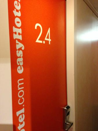 Photo of easyHotel London South Kensington