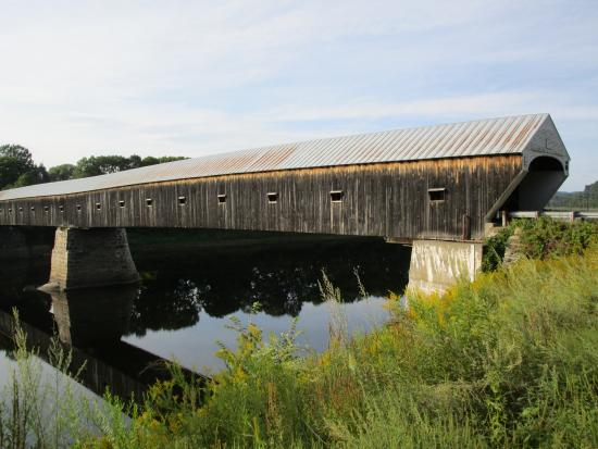 Cornish-Windsor Covered Bridge: Full view