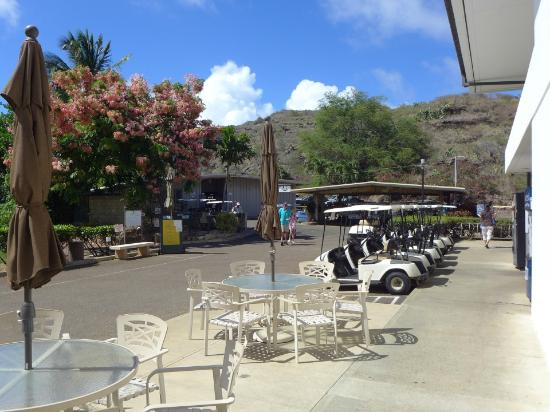 Hawaii Kai Golf Course : カート貸し場