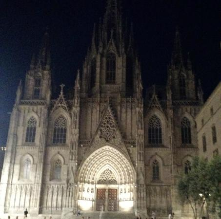 Catedral de Barcelona - Picture of Gothic Quarter (Barri Gotic), Barcelona - ...