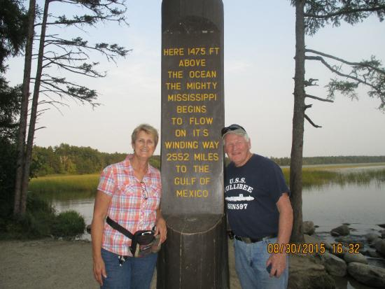 Itasca State Park : Nice post at the Mississippi Headwaters
