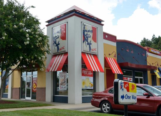 Shared Building with Long John Silvers - Picture of KFC, Charlotte ...