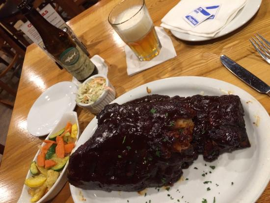 Uncle Charlie's Bistro : The ribs were amazing! Just the right amount of heat and flavor. Vegetables were so fresh and de