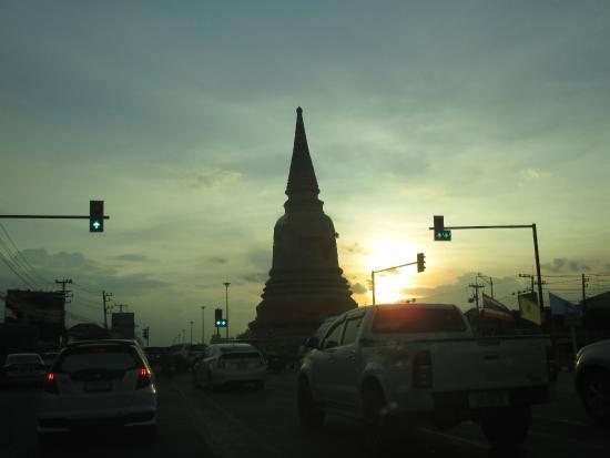 Chedi Wat Sam Pluem