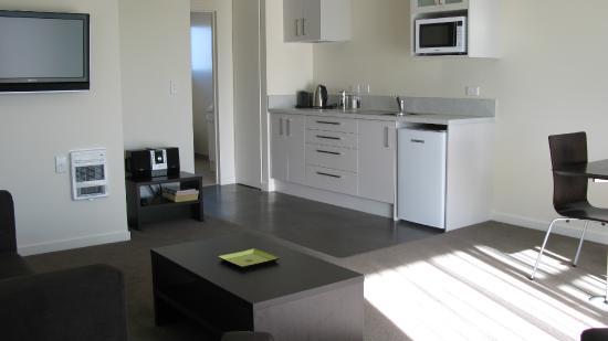 Pegasus Gateway Motel: Single Bedroom Kitchen area