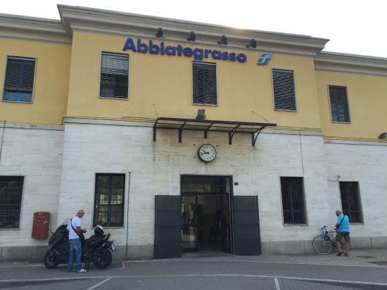 Nuovo Albergo Italia: ABBIATEGRASSO  STAZIONE