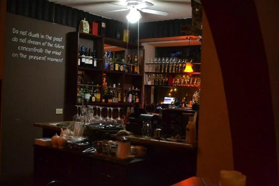 Rio Segundo, Costa Rica: variedad de licores