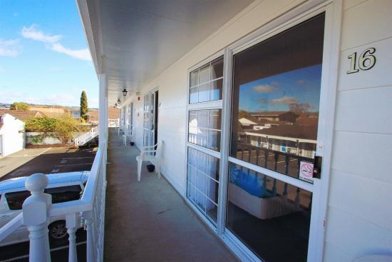 جولدن جلو موتل: balcony