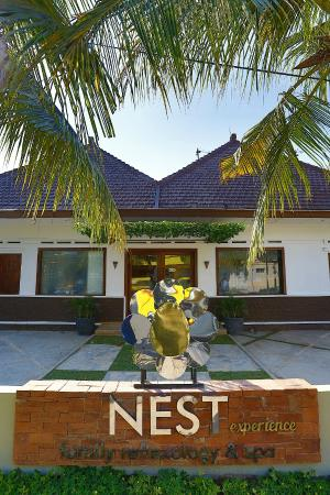 NEST Family Reflexology & Spa Laweyan