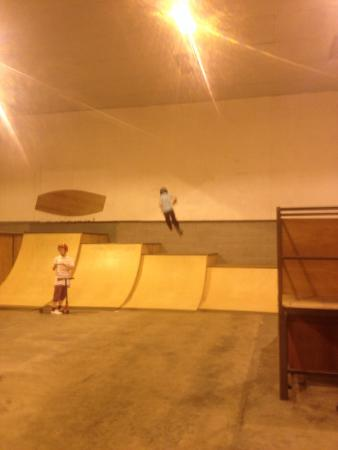 Picture of tasr indoor skatepark beverley for Indoor skatepark design uk