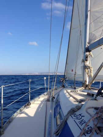 Notos Day Sailing