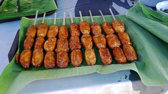 Pinoy Fiesta Ihaw Ihaw Banana Cue Is Made With Deeply Fried Bananas Coated In Caramelized