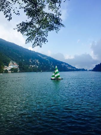 Nainital Lake: A view of the Naini lake