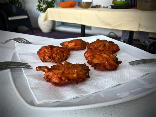 SAFOWI Santorini Food and Wine Tours: Tomato Fritters