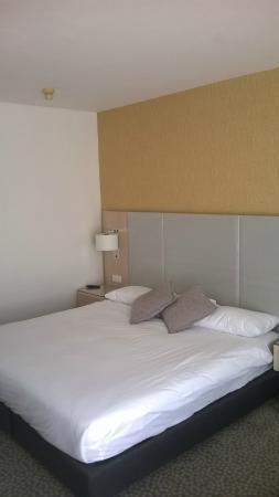 Isrotel Lagoona: bedroom