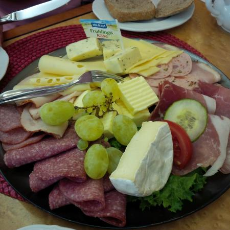 Barock-Café Anders: Mixed Breakfast plate