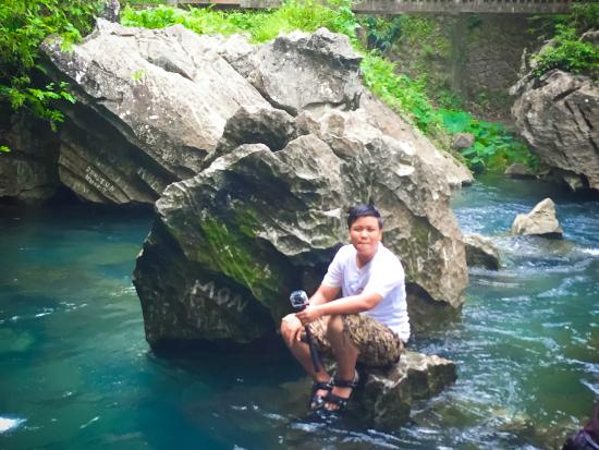 Viva Vang Vieng: ถ้ำจัง