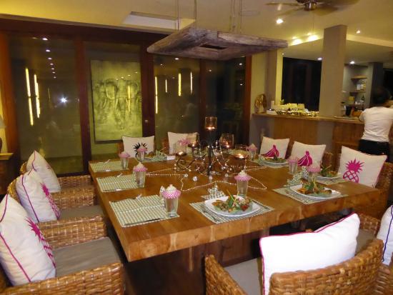 Escape Haven Bali: Dinner setting
