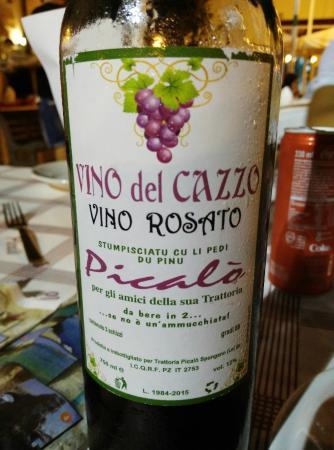 Spongano, Ý: Vino del Cazzo