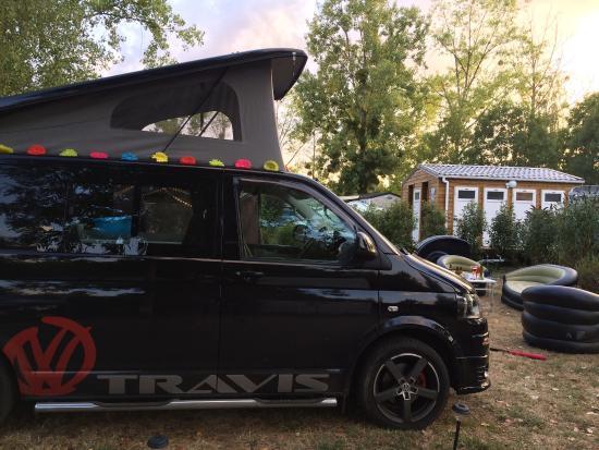 Sainte-Catherine-de-Fierbois, Γαλλία: Campsites Le Parc de Fierbois